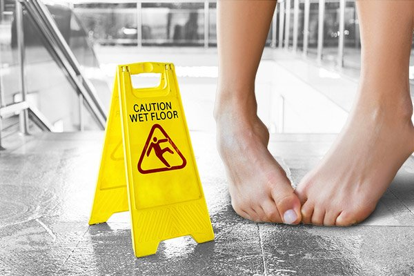 18 Tips to Stop Sweaty Feet
